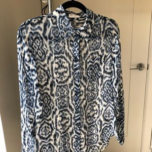 Equipment Silk Blue & White Pattern Button Down